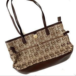 Michael Kors Medium Pocket Kempton Tote Chocolate